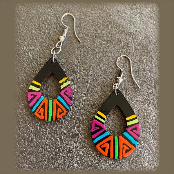 Colorful, Lightweight, Exotic Earrings Teardrop Look